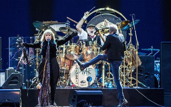 Fleetwood Mac at Little Caesars Arena