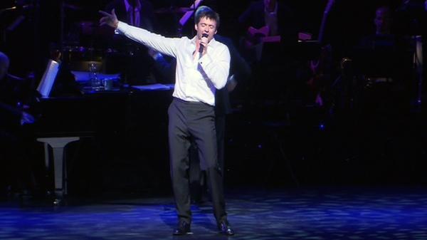 Hugh Jackman at Little Caesars Arena